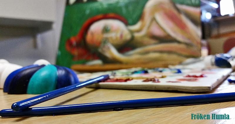 Fröken Humla,akryl,målningar,ateljé
