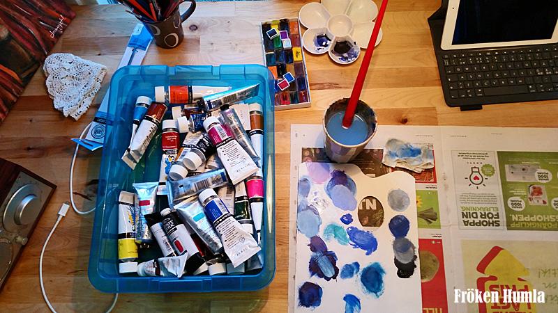 fröken humla,ateljé,arbetsbord,målar